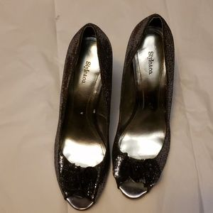 Style & Co Silver Leather outsole Silver  Shoes SZ
